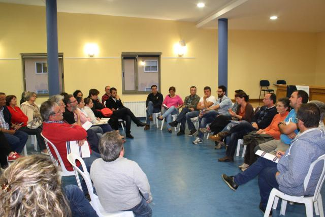 reunion asociacións Barreiros2